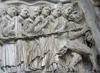 detail-representant-jugement-menees-enfer-facade-occidentale-Notre-Dame-Paris_0_730_486.jpg