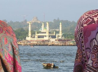 post_header_Brunei_2014_0380100456.jpg
